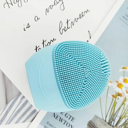 Battery Powered Sonic Facial Cleansing Brush 5